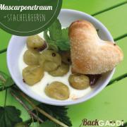Mascarponeträumchen mit Stachelbeeren